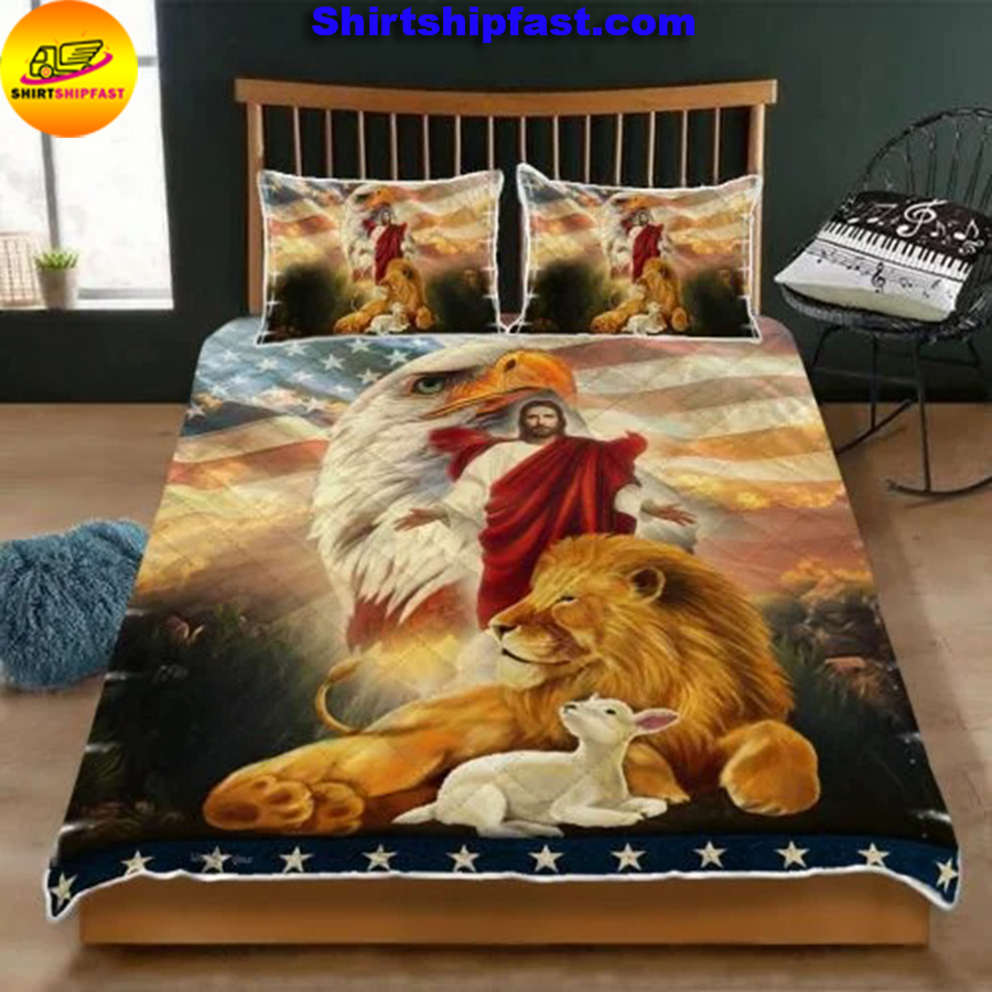 The Lion and The Lamb Jesus Eagle Quilt Bed Set - Picture 1