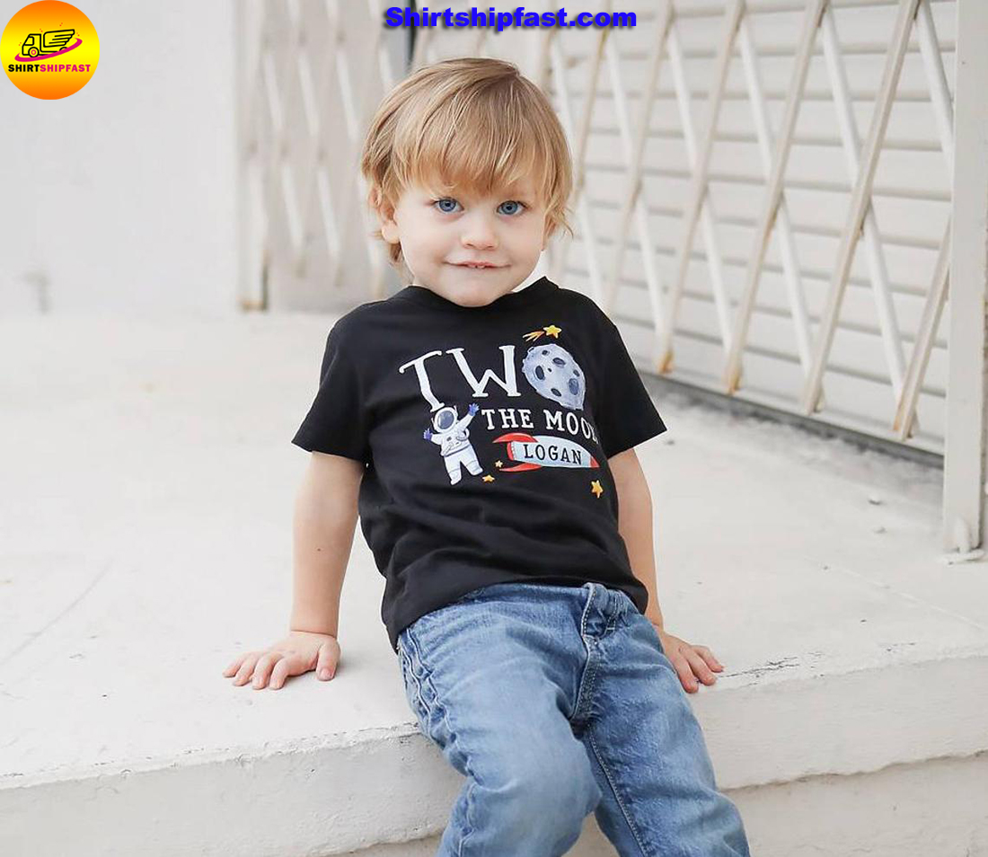 Personalized custom name Two the moon 2nd birthday shirt boys - Picture 1