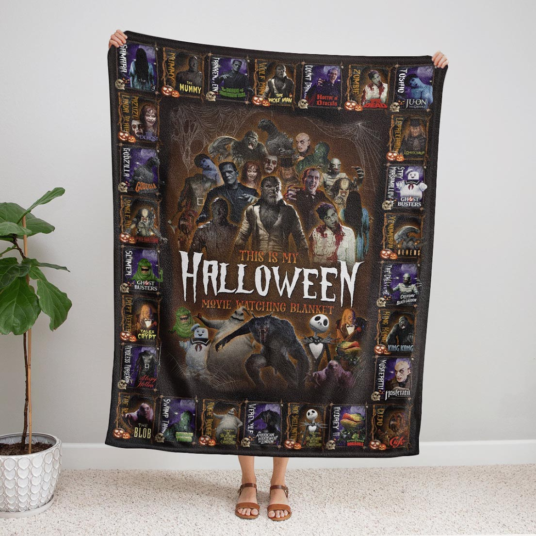 All classic creatures movies This is my halloween movie watching blanket - Picture 1