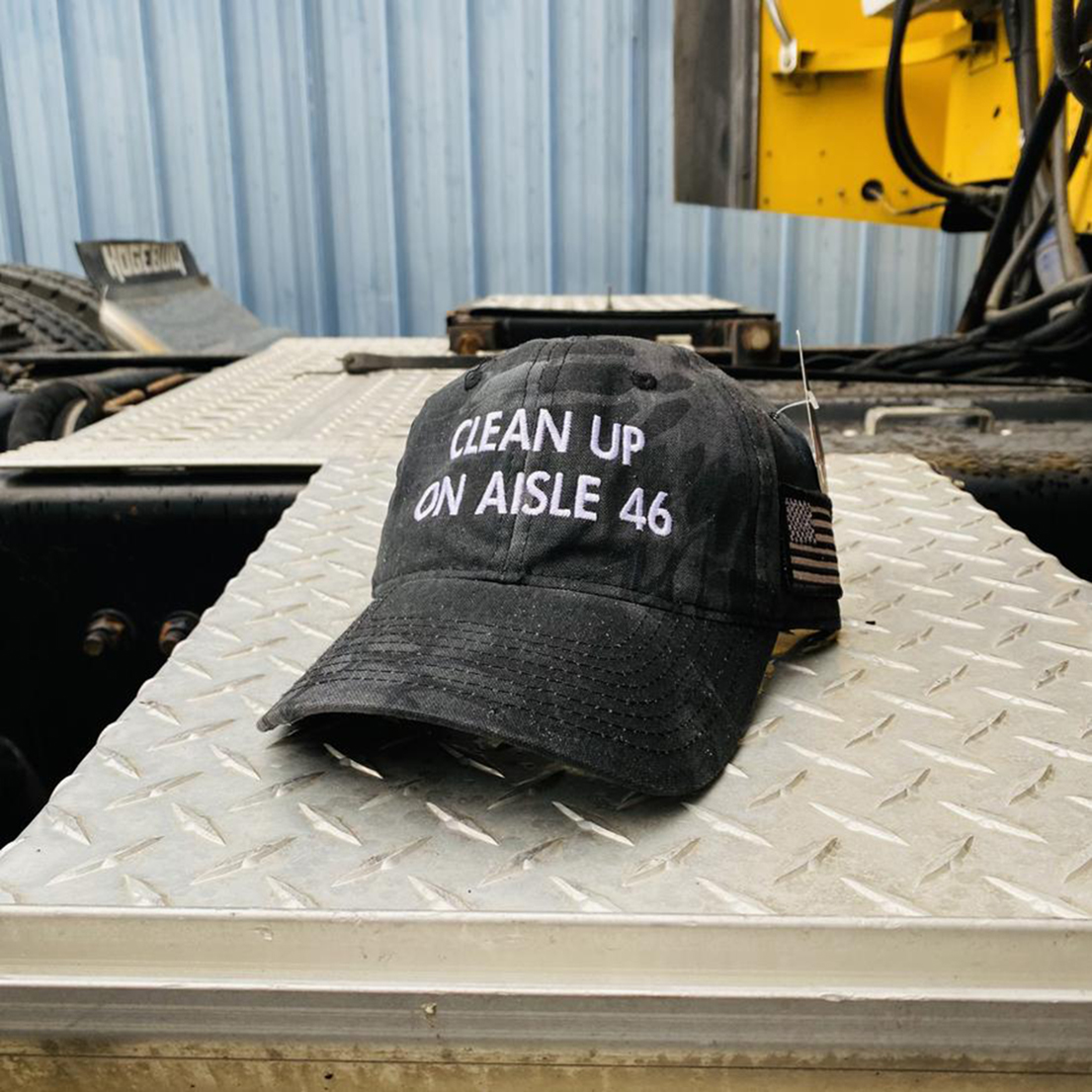 Clean up on aisle 46 hat - Picture 1